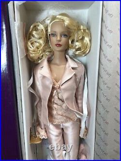 16 Tonner Tyler Wentworth Fashion Doll Sydney Chase Just Divine Fierce NRFB