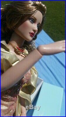 2004 ROBERT TONNER JOINTED FASHION DOLL REGINA Doll NEW T8RWDD07 GLIT GLAMOUR