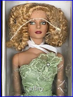 2004 Tyler Wentworth Envy Sydney Chase Doll NRFB