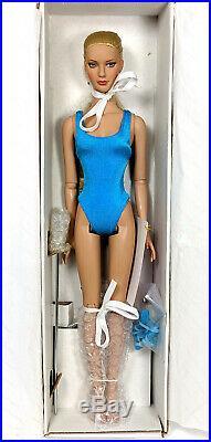 2005 Tonner Club RTW Jane Wheat Blonde NRFB 16 Doll Tyler Wentworth #RT1401