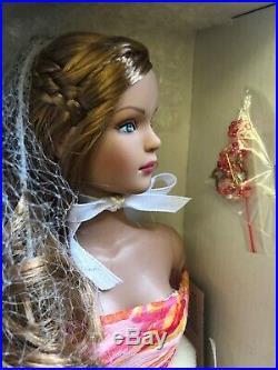2005 Tonner TYLER WENTWORTH CINNAMON SWIRL 16 Dressed Doll #T5TWDD04 NRFB LE