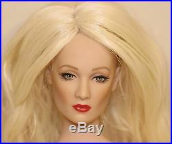 2007 Tonner Paris Doll Festival Tyler Wentworth Blonde Nude