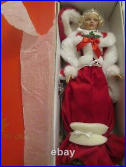 Classic Mrs Santa Claus Tonner Doll Plus Size Body 2005 Christmas 500 Made Boxed