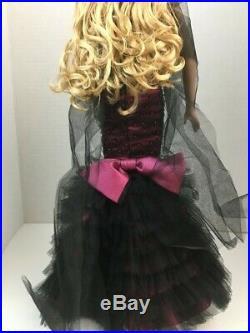 Metro Glamour Sydney Metrodolls Convention Fully DressDoll Sydney Tyler Tonner