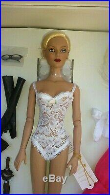 NRFB Tonner Regina Wentworth UFDC 2005 Gift Set, Banquet companion set NEW