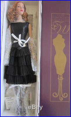 Near Mint 2001 Tonner Tyler Wentworth Collection Champagne And Caviar 16 Doll