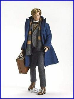 Newt Scamander T18FBDD01 RETIRED Fantastic Beasts 17 Doll Tonner Doll NRFB