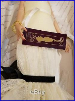 Rare Scintillating Ashleigh Tyler Wentworth DOLL and outfit Tonner doll LE