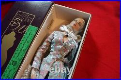 Robert Tonner Tyler Wentworth TW2409 MINT Ice Blue Dressed Retired doll Sydney