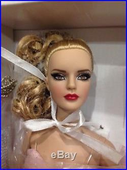 Robert Tonner Viva Las Vegas Sydney Chase LE 125 Modern Doll Convention