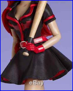 T15DCDD08 Batman DC Comics Bombshells Batwoman DC Stars Tonner Doll MINT