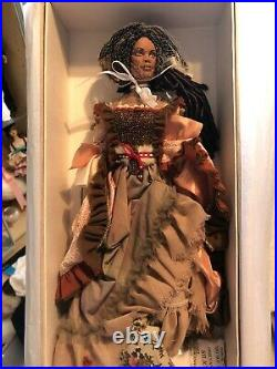 TONNER Disney 16 Johnny Depp DOLL TIA DALMA fr. Pirates of the Caribbean NRFB