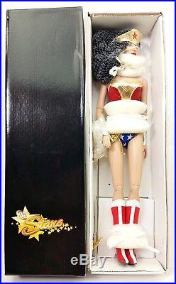 TONNER Wonder Woman Convention Doll Lady Action & Diana Prince Series NIB