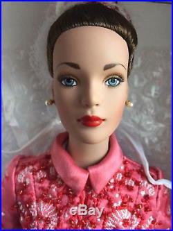 Tonner 16 2001 TYLER WENTWORTH FRAMBOISE ROBE DU GRANDE SOIR THEATRE Doll NRFB