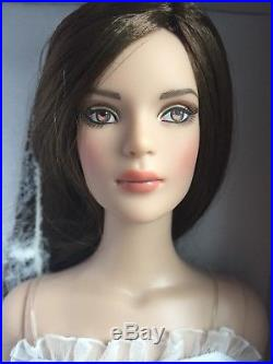 Tonner 16 2012 NU MOOD TYLER WENTWORTH FASHION BASIC Fashion Doll NRFB LE 500