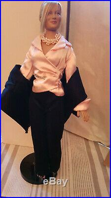 Tonner 16 Emme 2.0 Talk Show Savvy for the Tyle Wentworth Doll Collection HTF