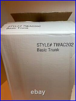 Tonner 16 Tyler Wentworth Basic Trunk, NRFB, Style #TWAC202