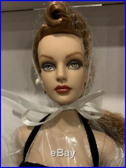 Tonner 2007 Dark Embrace Sydney Chase Dress Doll LE 500 NRFB BW Tyler Wentworth