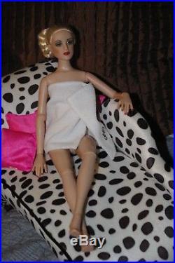 Tonner Antoinette Treasured Nude 16 Doll Autographed By Robert Tonner