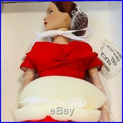 Tonner Doll Theatre De La Mode Crimson Tm1402