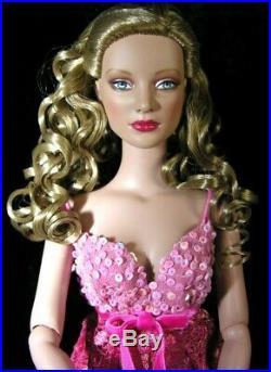 Tonner Dolls Petulant Pink Stella Tyler Wentworth size 16 NRFB