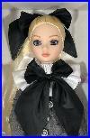 Tonner-Ellowyne-Wilde-Dark-Shadows-2011-Convention-doll-LE-350-Mint-01-xy