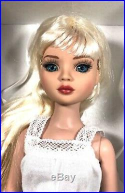 Tonner Ellowyne Wilde Essential Ellowyne Six -Blonde Brand New NRFB