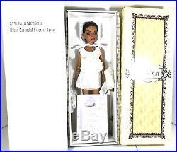 Tonner Ellowyne Wilde Lizette Urban Essential Lizette-Spice Brand New NRFB