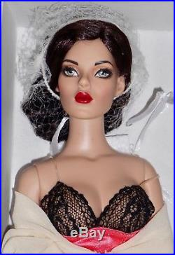 Tonner Hollywood Glamour collection Oops! NRFB
