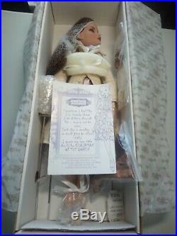 Tonner, L. E. Ellowyne Wilde Chairman of the Bored Fashion Doll 011 151 NRFB