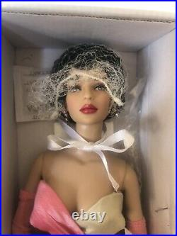 Tonner TYLER 16 2012 SHORT AND SASSY PEGGY HARCOURT Fashion Doll NRFB LE 300 BW