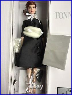 Tonner TYLER 16 2013 FASHION ICON DAPHNE FASHION Doll NRFB LE 125