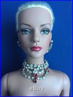 Tonner TYLER 2004 Mistletoe & Magic SYDNEY Doll Dressed LE 675 Fashion Doll BW