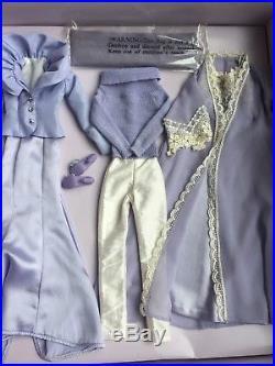 Tonner TYLER WENTWORTH 16 SWEET INDULGENCES Dressed Fashion Doll GIFT SET NRFB