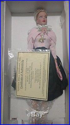 Tonner Theatre De La Mode Blush Paris Fashion Doll Festival 2003