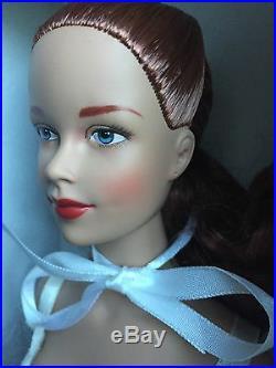 Tonner Tyler 16 2004 BRENDA STARR ESSENTIAL BRENDA Dressed LE Fashion Doll NRFB