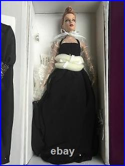 Tonner Tyler 16 2007 Dark Embrace Sydney Chase Dressed Doll LE 500 NRFB BW Body