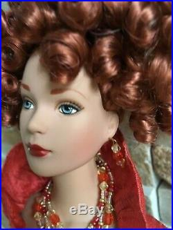 Tonner Tyler Wentworth 16 Vinyl DOLL CINNABAR in 2-pc Ensemble withJewelry +Stand