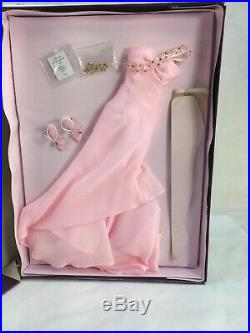 Tonner Tyler Wentworth Doll A Day In The Life Evening Jewel Mip Outfit Clothes