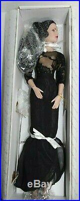 Tonner Tyler Wentworth Metro Style 16 Doll LE-300, Metrodolls Luncheon 2006