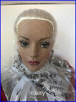 Tonner Tyler Wentworth Mistletoe & Magic Sydney Chase LE COA Doll TW9423 NIB