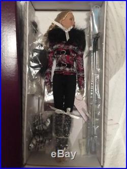 Tonner Tyler Wentworth Ski Retreat T5-TWDD-07 Doll Ski Suit NRFB