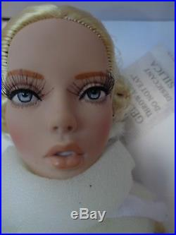 Tonner-deja Vu Warrior Woman-birla-new-nrfb-doll Photos -sold Out At Tdc