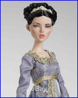 Tonner-deja Vu -evening Loveliness- New, Nrfb-dressed Doll-last One