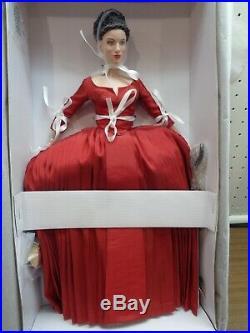 Tonner -outlander Claire Fraser-nrfb-16vinyl Using Rt101 Body. Dressed Doll