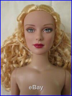 Vintage Basic 16 Nude Tonner Doll Tyler Wentworth BW Body Daphne Sculpt Blonde