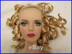 Viva Las Vegas Sydney Nude Tonner Doll BW Tyler Body 125 Made 2012 MDCC Read